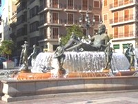valencia - Plaza de la Virgin